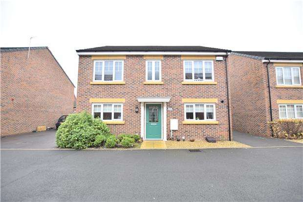 4 Bedrooms Detached House for sale in Canal Court, Hempsted, Gloucester, GL2 5GG