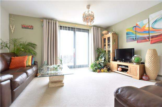 3 Bedrooms Terraced House for sale in Friars Orchard, Gloucester, GL1 1GF