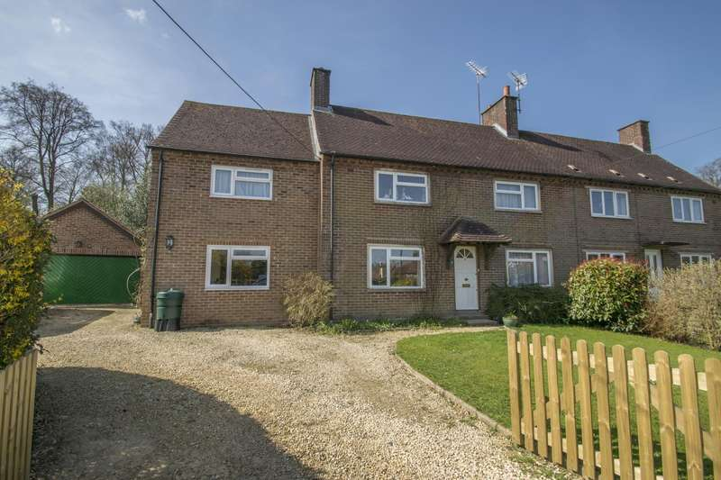 4 Bedrooms Semi Detached House for sale in Emmens Close, Checkendon, Reading, RG8