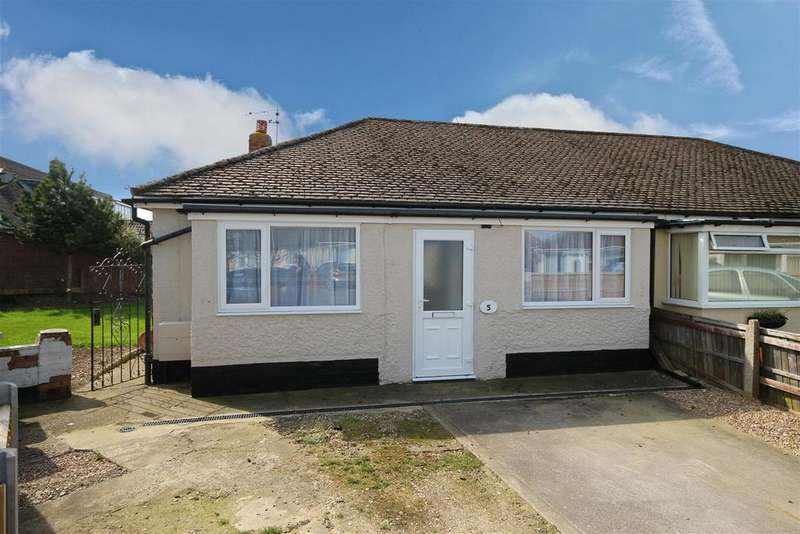 3 Bedrooms Semi Detached Bungalow for sale in Repton Road, Mablethorpe