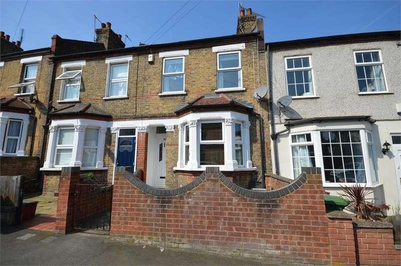 3 Bedrooms Detached House for sale in Gertrude Road, Belvedere