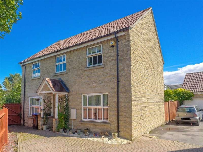 4 Bedrooms Detached House for sale in Amberley Close, Lansdowne Park, Calne