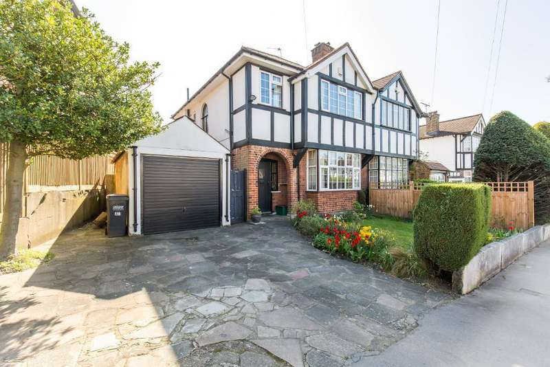 3 Bedrooms Semi Detached House for sale in Rockhampton Road, South Croydon, CR2 7AQ