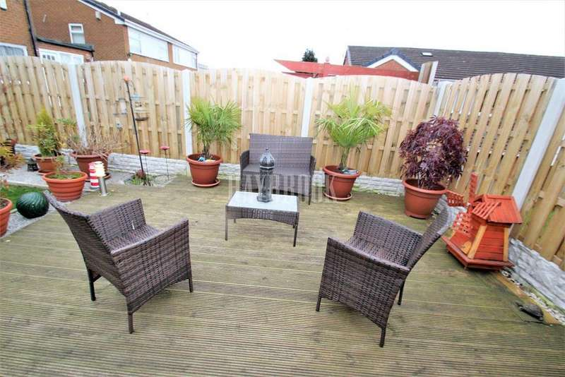 3 Bedrooms Semi Detached House for sale in Hollybank Drive, Intake, Sheffield, S12