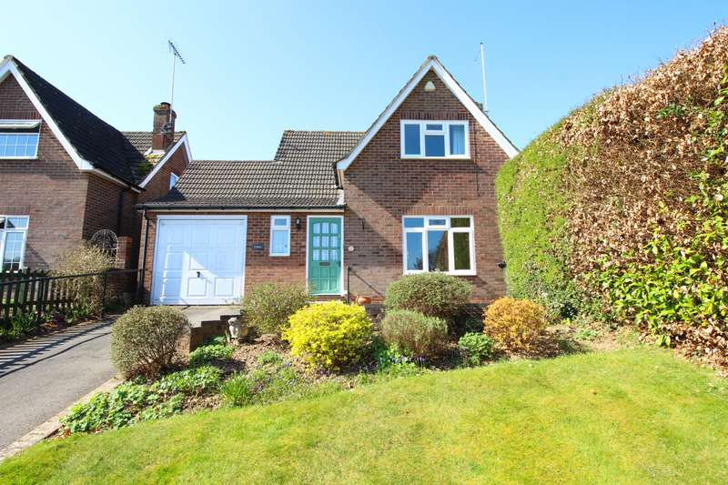 3 Bedrooms Detached House for sale in Old Copse Gardens, Sonning Common, RG4