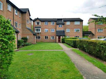 1 Bedroom Flat for sale in Wedgewood Road, Hitchin, Hertfordshire