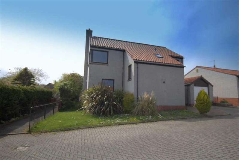 4 Bedrooms Detached House for sale in Lords Mount, Berwick Upon Tweed, TD15
