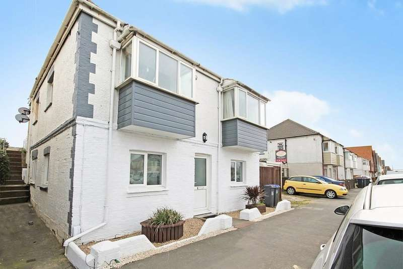 3 Bedrooms Flat for sale in Brighton Road, Lancing