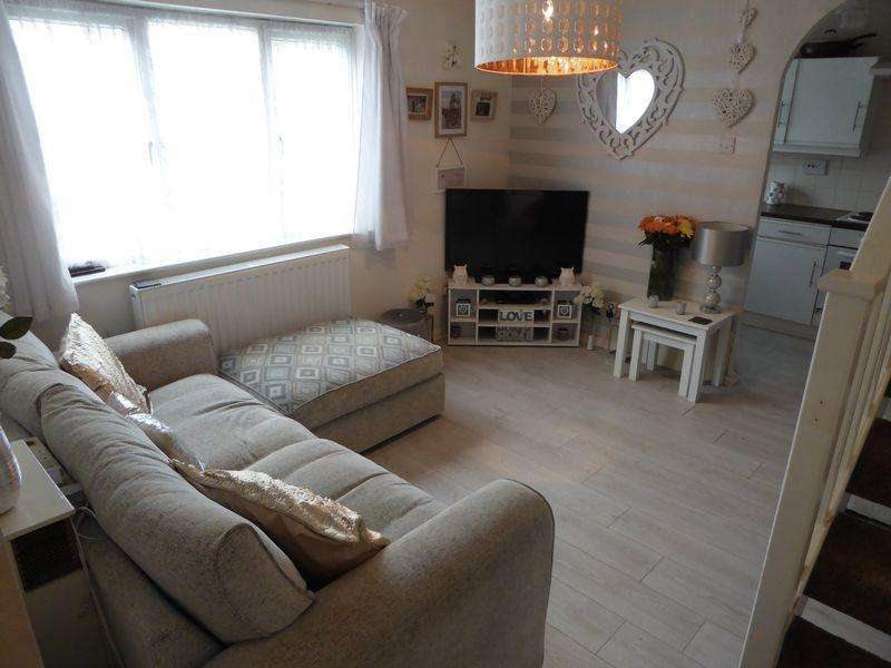 1 Bedroom House for sale in Gainsborough Drive, Houghton Hamlets