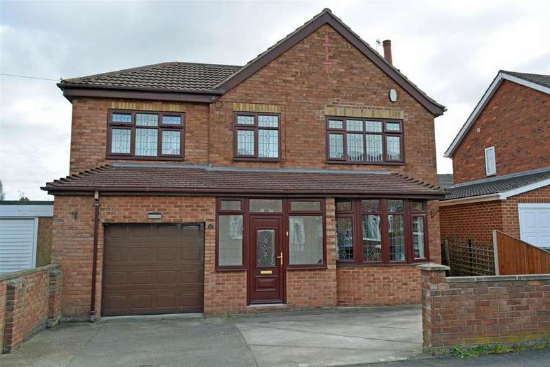 4 Bedrooms Detached House for sale in St. Johns Road, Scunthorpe