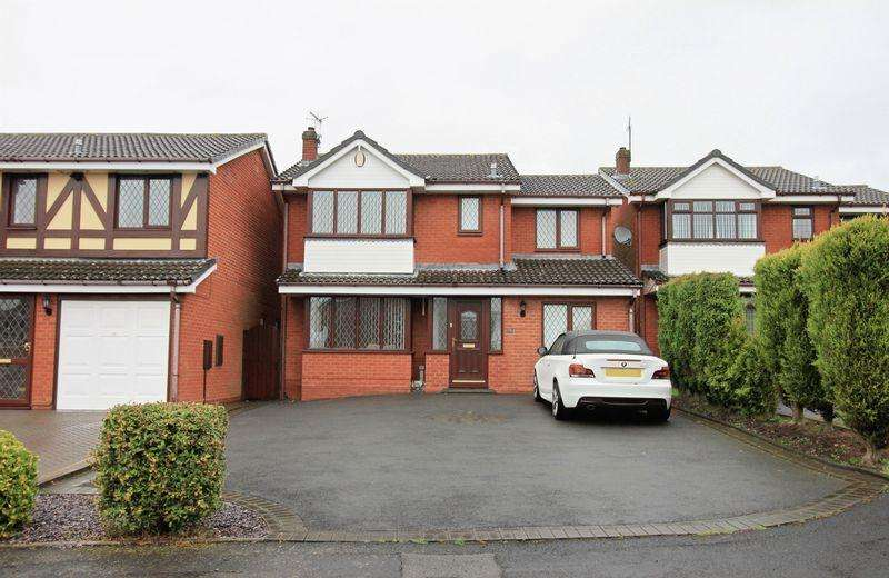 4 Bedrooms Detached House for sale in Bordeaux Close, Dudley, DY1 2UY