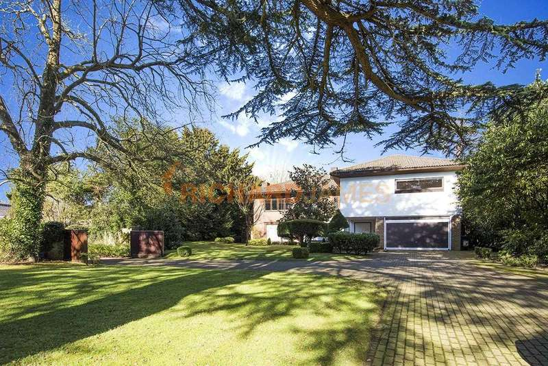 5 Bedrooms Detached House for sale in Holwood House, Nan Clark's Lane, Mill Hill