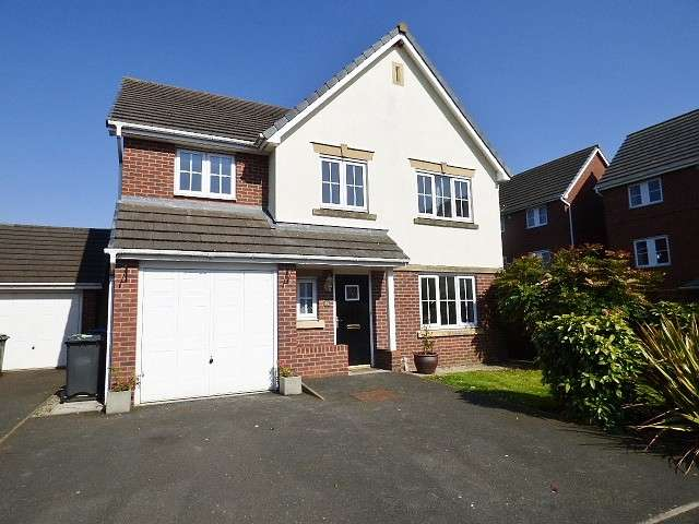 5 Bedrooms Detached House for sale in Manhattan Gardens, Great Sankey, Warrington
