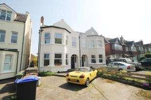 1 Bedroom Flat for sale in Sherwood Park Road, Sutton, Surrey, England