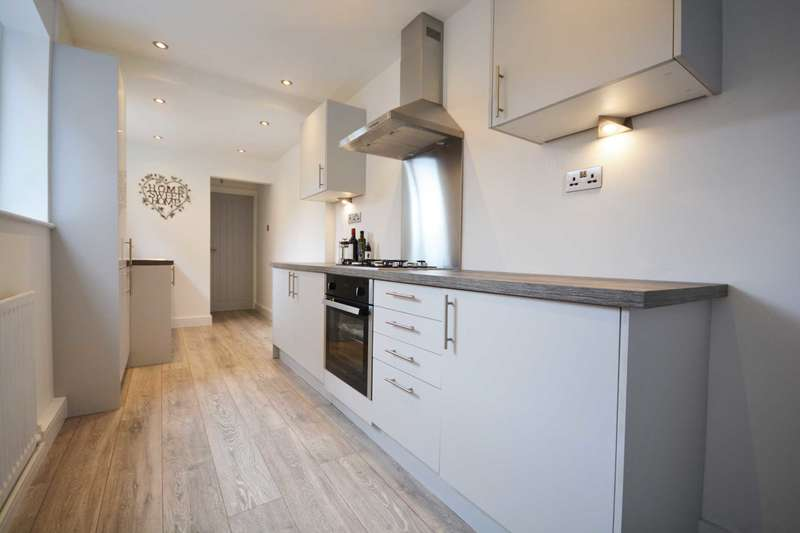 3 Bedrooms Terraced House for sale in Abbey Street, Rugby Town Centre