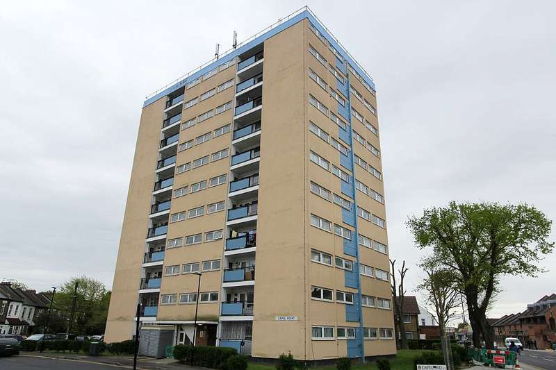 1 Bedroom Ground Flat for sale in Capel Point, Capel Road, London, London, E7 0JA
