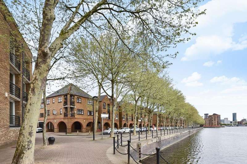 2 Bedrooms Flat for sale in Brunswick Quay, Surrey Quays