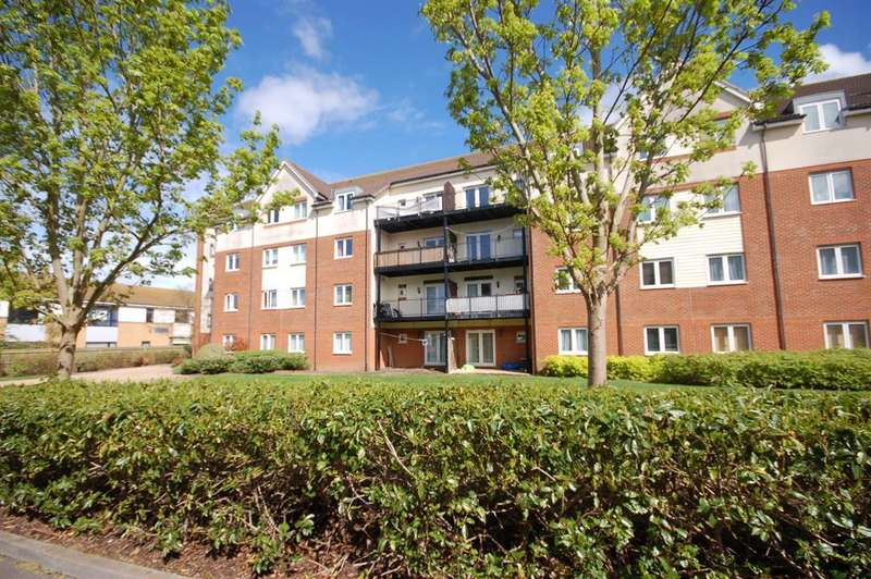 2 Bedrooms Flat for sale in Hollybrook Park, Clarence Road, Bristol, BS15 1SX