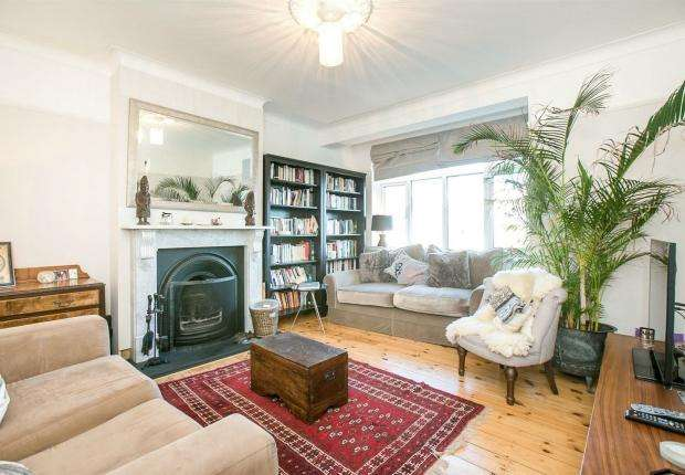 3 Bedrooms Semi Detached House for sale in Honor Oak Road, Forest Hill, SE23