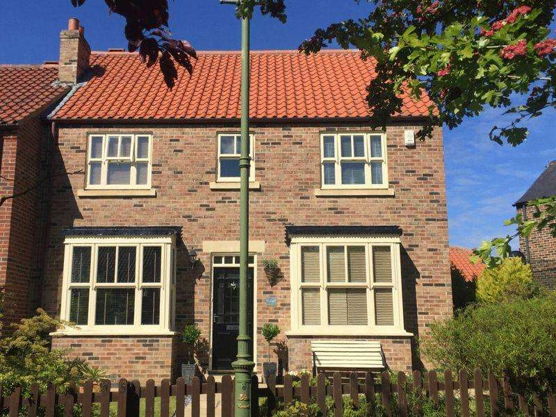 4 Bedrooms House for sale in Paddock Green, Wynyard