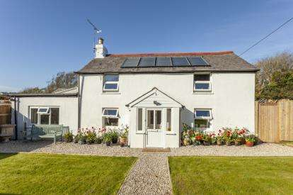 5 Bedrooms Detached House for sale in Goonhavern, Truro, Cornwall