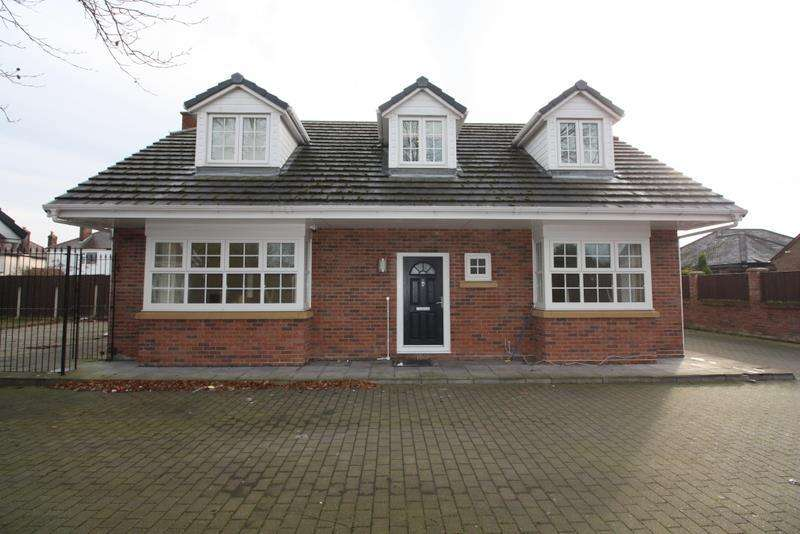 4 Bedrooms Detached House for sale in Mayfield Avenue, Widnes