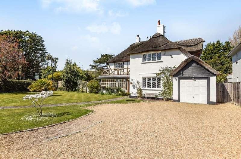 4 Bedrooms Detached House for sale in The Fairway, Aldwick Bay Estate, Aldwick, Bognor Regis, PO21