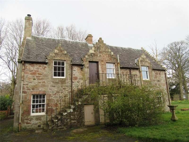 2 Bedrooms Flat for rent in North Cottage, Hunterston Estate, West Kilbride, Ayrshire, KA23