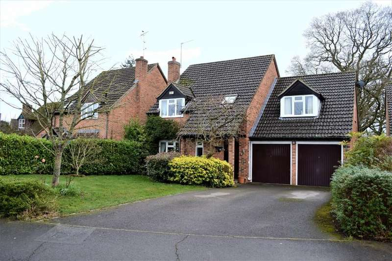 4 Bedrooms Detached House for sale in Chervil Way, Burghfield Common