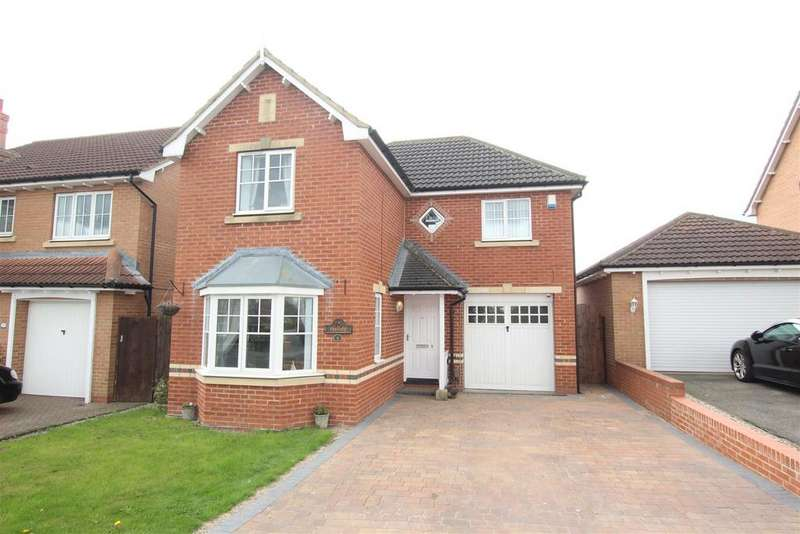 3 Bedrooms Detached House for sale in Trevone Way, Darlington