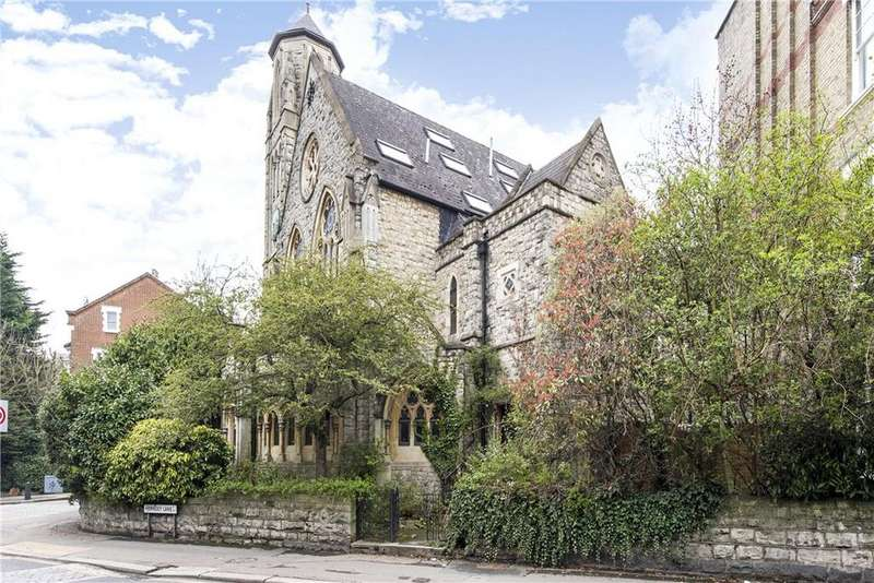 3 Bedrooms Flat for sale in Cloisters Court, 77 Cromwell Avenue, London, N6