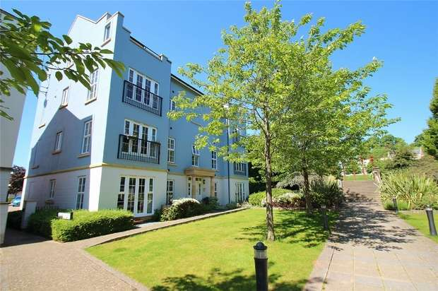 2 Bedrooms Flat for sale in Watch House Place, Portishead, Bristol