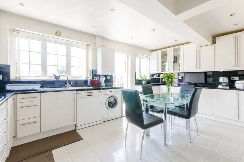 4 Bedrooms House for sale in Oak Way, Southgate, N14