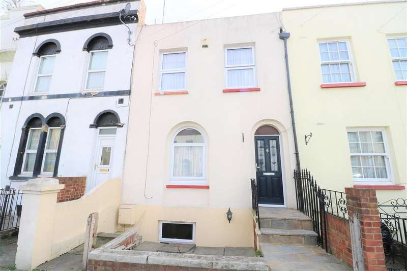 4 Bedrooms Terraced House for sale in Peacock Street, Gravesend