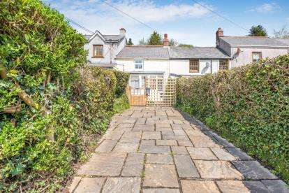 2 Bedrooms Terraced House for sale in Illogan, Redruth, Cornwall