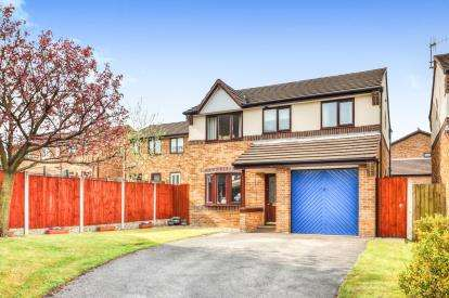 4 Bedrooms Detached House for sale in The Moorings, Burnley, Lancashire
