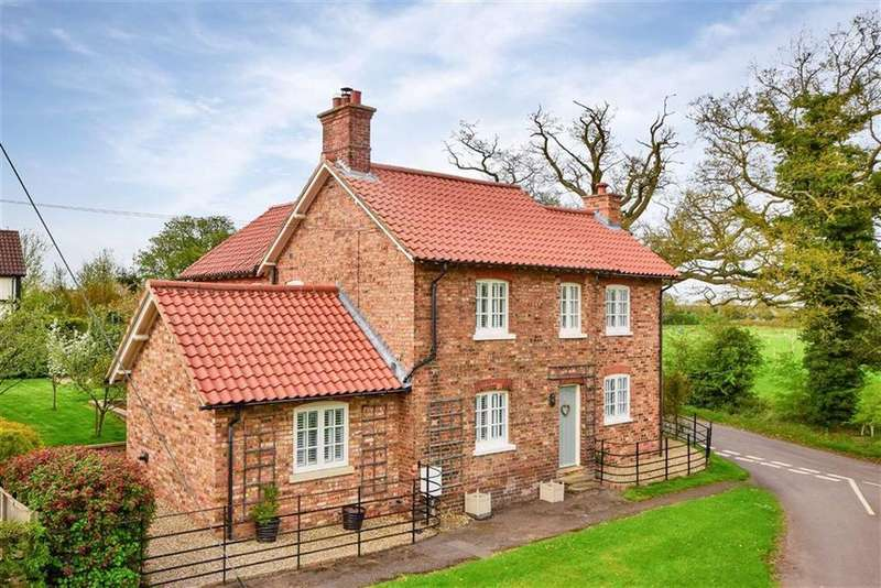 4 Bedrooms Detached House for sale in Laundon Road, Threekingham, Sleaford, Lincolnshire