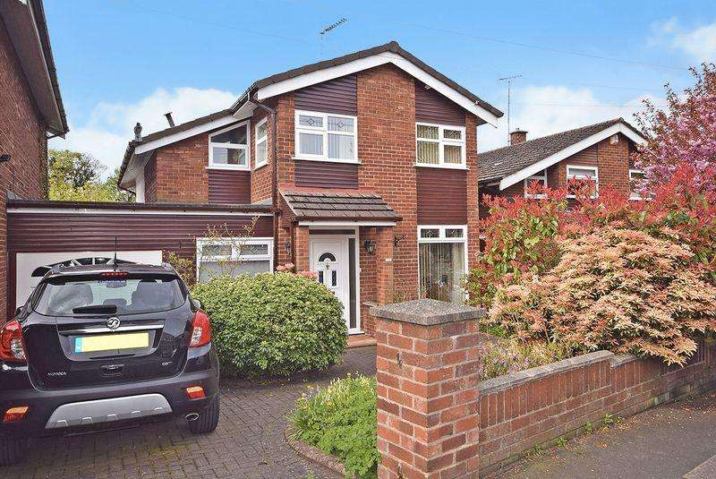 4 Bedrooms Detached House for sale in Hall Lane, Widnes