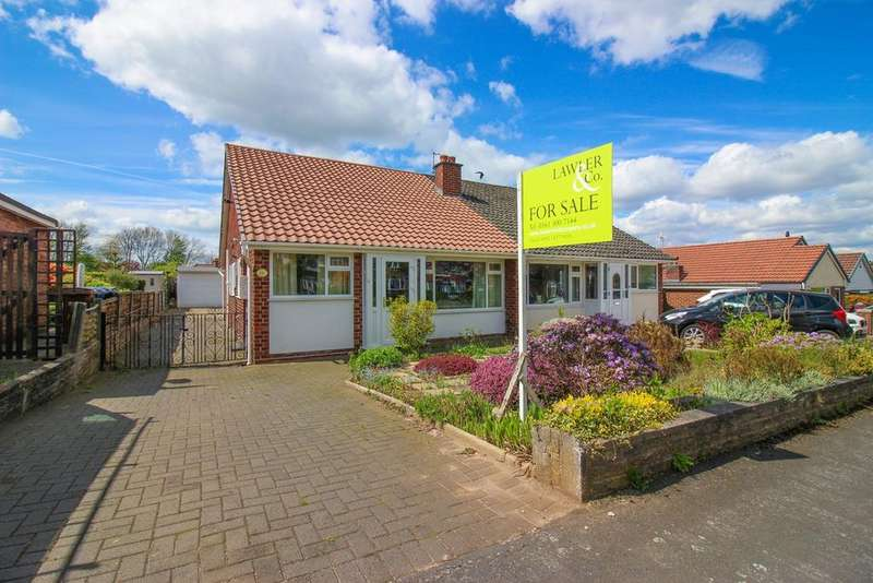 3 Bedrooms Semi Detached Bungalow for sale in Buxton Road, Hazel Grove, Stockport, SK7