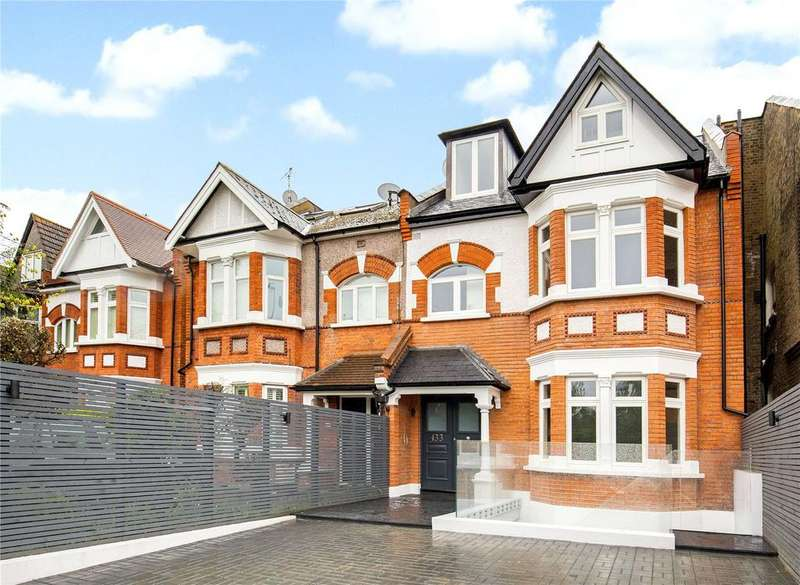 3 Bedrooms Flat for sale in Upper Richmond Road, Putney, London, SW15