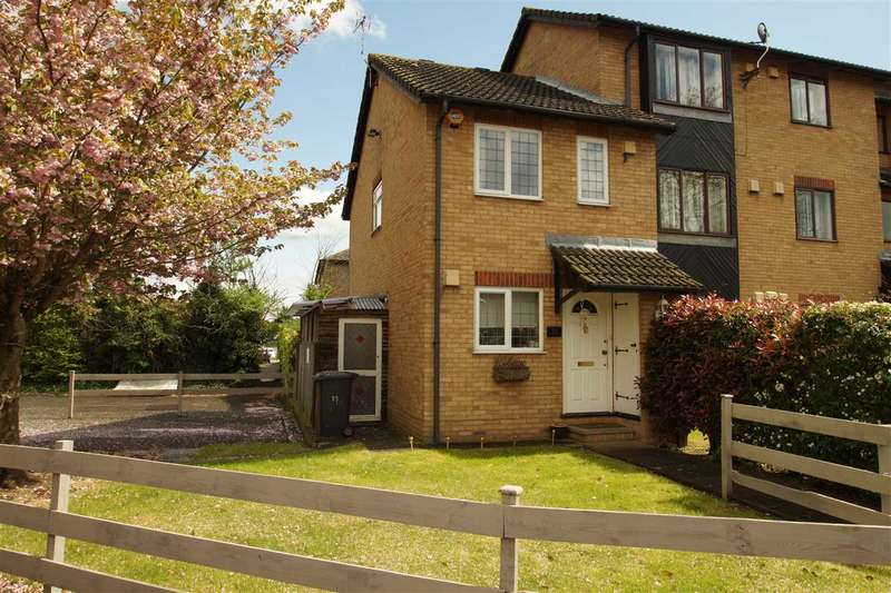 2 Bedrooms Semi Detached House for sale in Bruce Close, Windsor Meadows, Cippenham