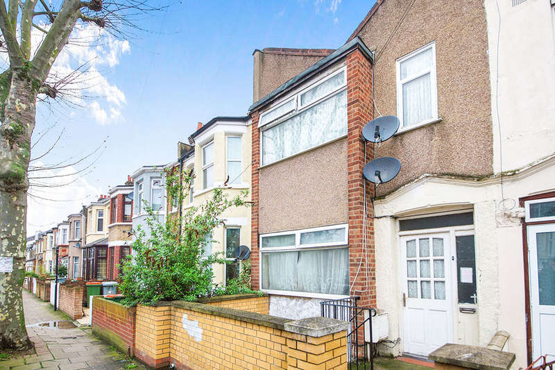 4 Bedrooms Property for sale in Rutland Road, London, E7