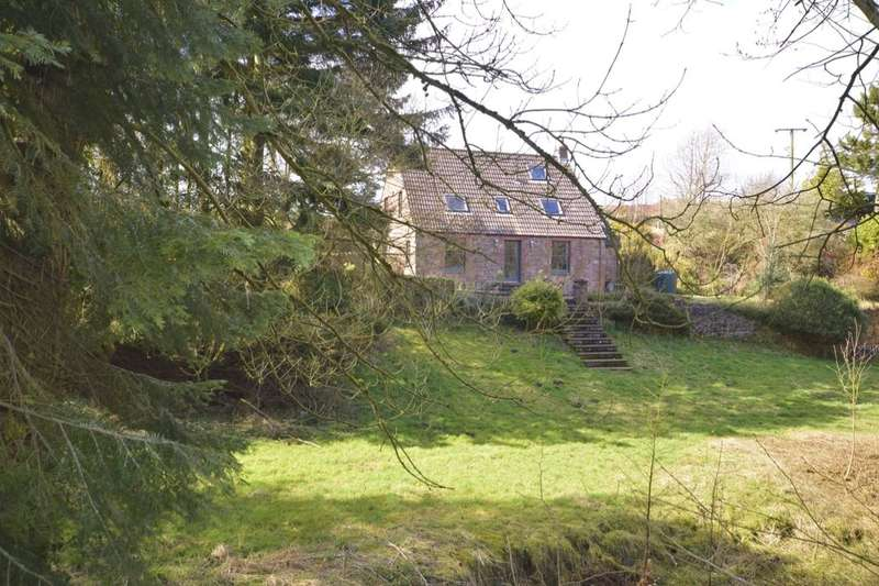 3 Bedrooms Detached House for sale in Gateside, Cupar, KY14