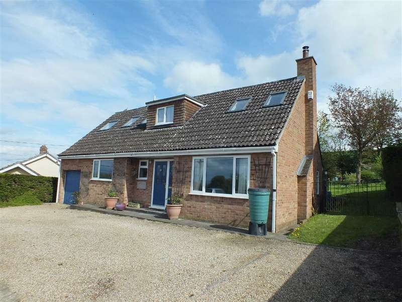 3 Bedrooms Detached House for rent in Court Lane, Edington, Wiltshire, BA13