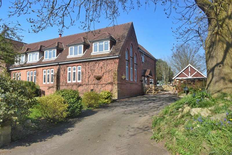 4 Bedrooms Semi Detached House for sale in Northwich Road, Dutton