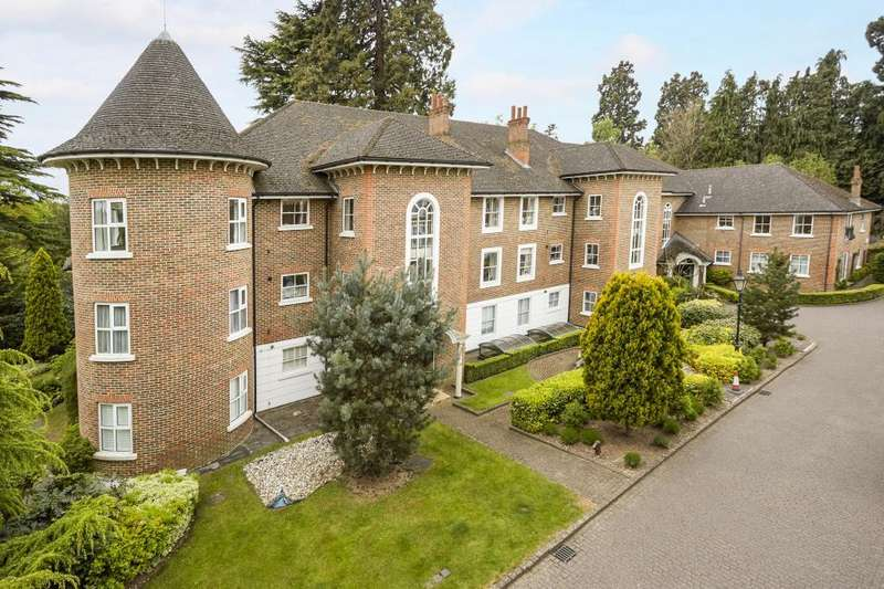 2 Bedrooms Apartment Flat for sale in Agincourt, Ascot
