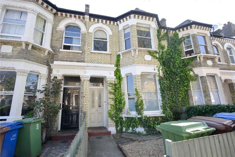 2 Bedrooms Flat for sale in Copleston Road, Peckham Rye, London, SE15