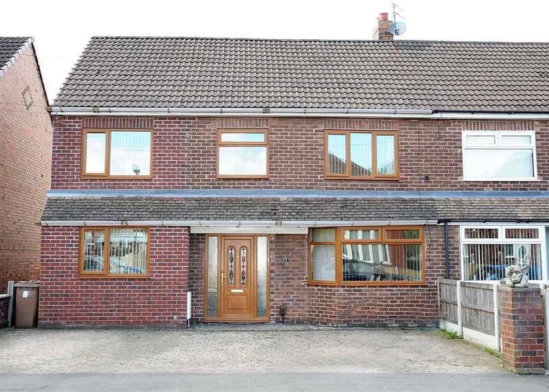 5 Bedrooms Semi Detached House for sale in Rose Avenue, Irlam, Manchester