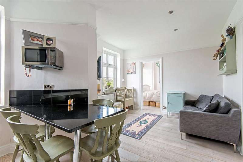 2 Bedrooms Flat for sale in Abercorn Mansions, Abercorn Place, St John's Wood, London, NW8