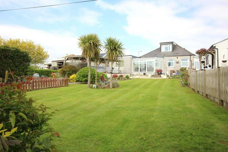 4 Bedrooms Detached Bungalow for sale in Callington Road, Saltash